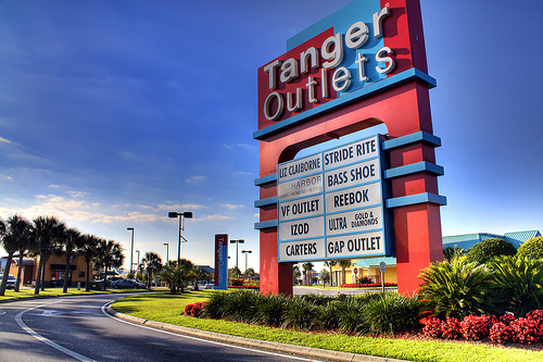 Tanger Outlets Hours