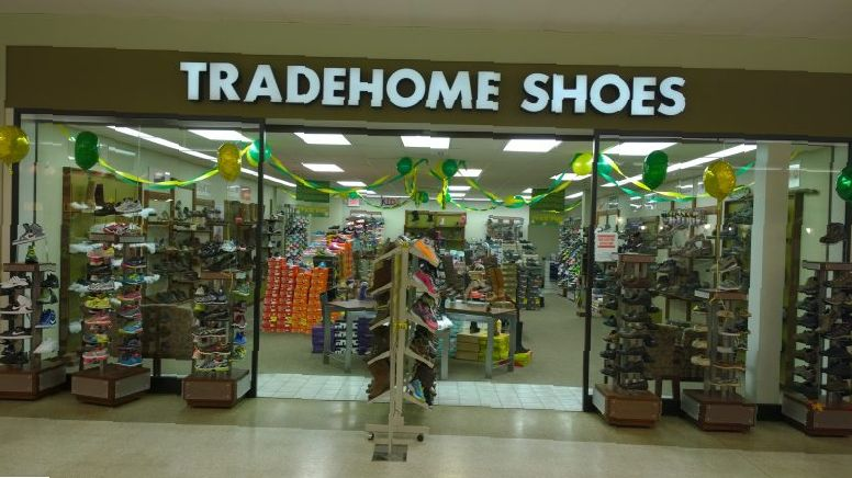 Tradehome Shoes Hours