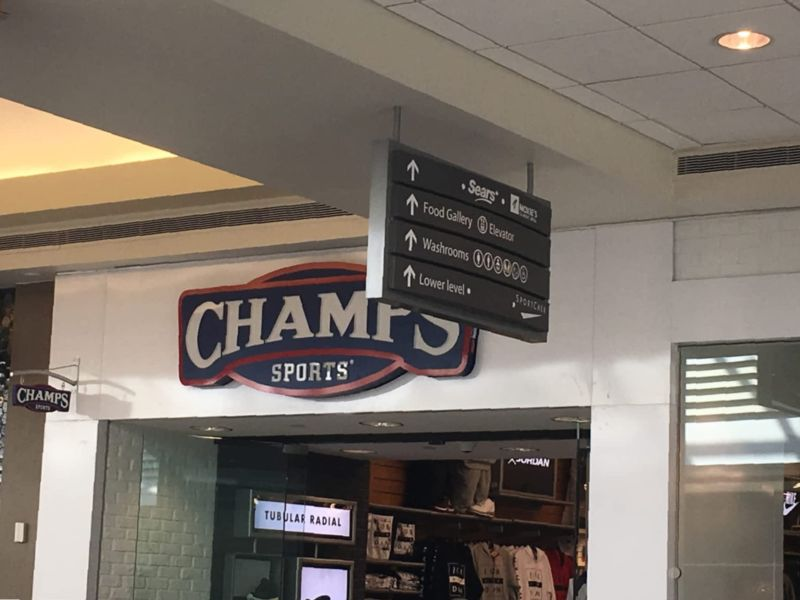 Champs Sports Holiday Hours