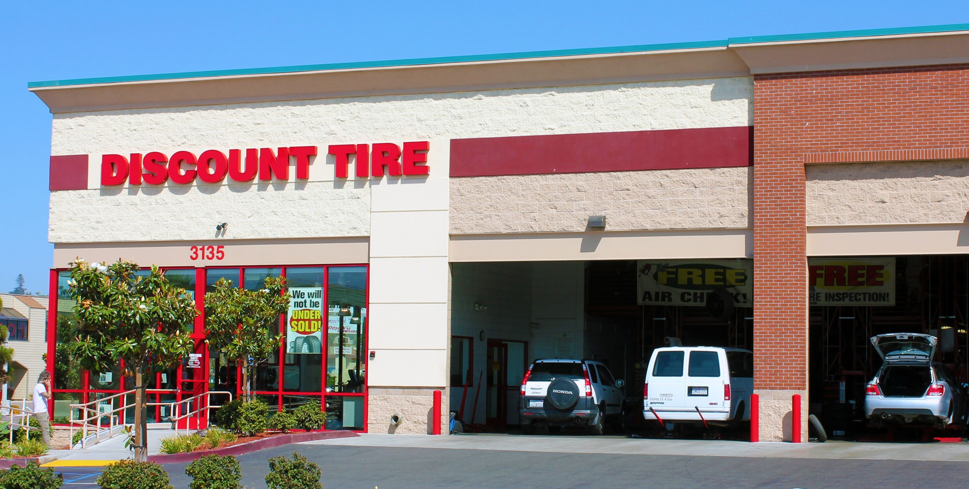 Discount Tire Hours